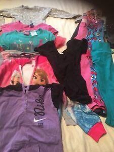 Lot vêtements 4-6 fille