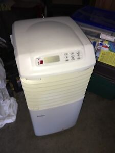 Dehumidifier, humidifier and air conditioner kenmore