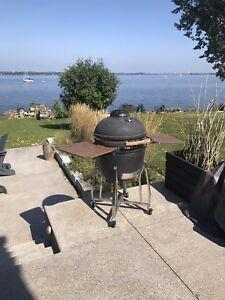 Komodo grill