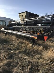 25' 4620 Macdon pull type swather
