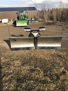 "FISHER EXTREME V SNOW PLOW 9'6"" excellent condition!"