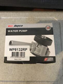 Water pump audi a4 b6 2003