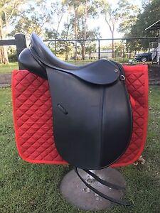 """Sterling 17.5"""" Dressage Saddle Medowie Port Stephens Area Preview"""