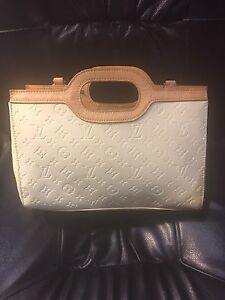 Louis Vuitton Vernis Roxbury drive bag