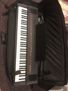 keyboard great condition with case