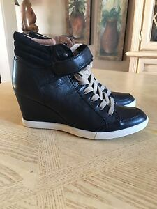 Brand-new women's Aldo shoes