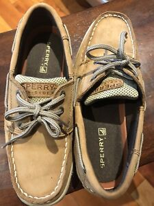 Boys size 5 Sperry shoes