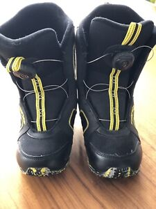 Snowboarding Boots Size 2 Child