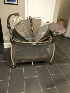 Graco pack and play playpen