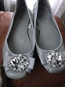 Flat shoes ladies