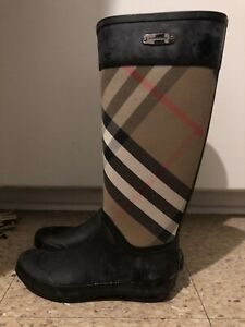 Women's Burberry rain boots
