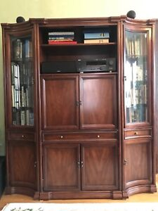 Wall Unit / Display Cabinet / Entertainment Centre