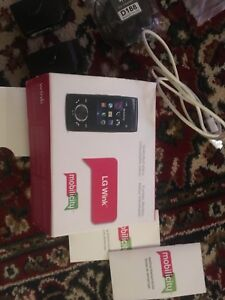 LG WINK CELLPHONE (AS NEW).