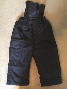 Very Good Condition Black Snow Pants