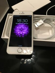 iPhone 5s blanc 16gb