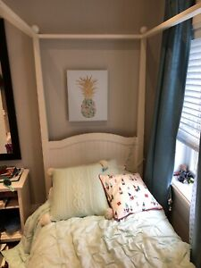 Pottery Barn Twin Four Post Bed Canopy Style