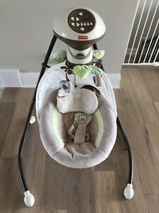 Reduced!! Fisher price Snugabunny cradle and swing