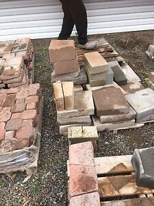 Assorted pallets of left over brick and wall stone