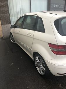 2009 Mercedes B200 turbo 135km only part out