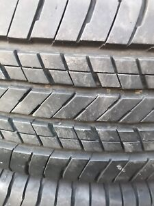4 P215/60R16 all season tires
