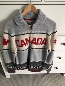 Hudson Bay Men's Sweater (New Without Tags)