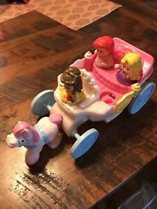 Little people horse and carriage and 3 princesses