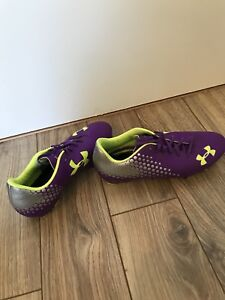 Size 7 Womens Cleats