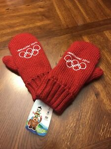 Olympic winter mittens