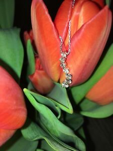 14K White Gold 1.5 Carat Diamond Journey Pendant