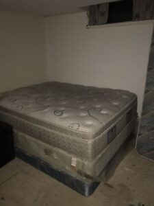 Queen bed and box spring