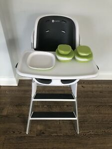 4moms High Chair in White/Grey plus magnetic dish starter set