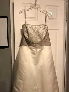Alfred Angelo wedding dress size 16
