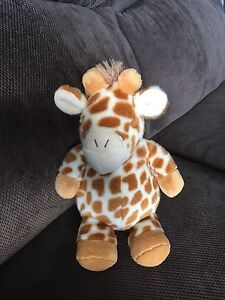 Cloud B Giraffe Travel Size Plush Sound Machine
