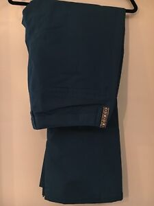 Womens XL Burton Society Snowpants New with Tags Never Worn