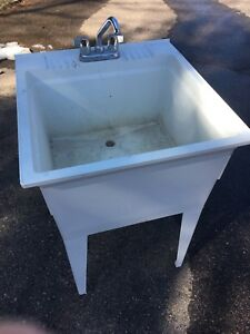 Utility sink with faucet