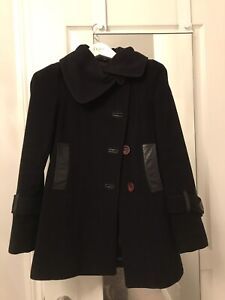 Mackage coat In size extra small. Great condition