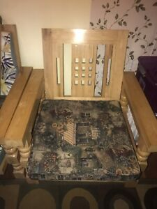 URGENT: chair and side table set