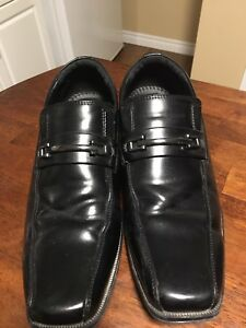 Men's Dress Shoes Size 9