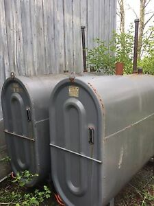 Furnace oil tanks 2X 200GL With copper line