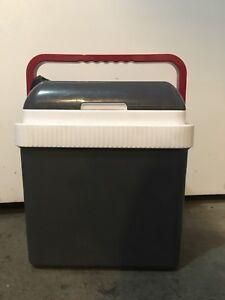 Koolatron P25 -26 quart cooler