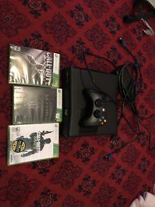 Xbox 360 slim 250gb 100$