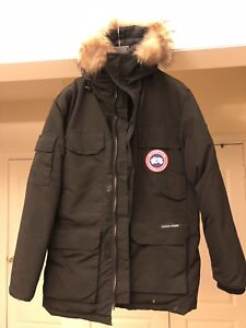 Canada Goose Men Large New Jacket Asian Made