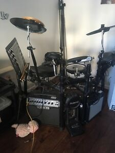 Nice Roland Electric Kit