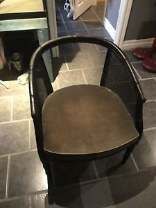 Feee vintage project chair in great condition