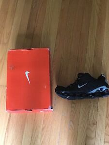 Nike shox new in box size 9.5