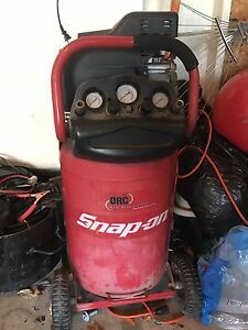 Air compressor by snap on -great condition!