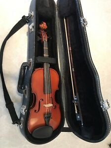 1/4 size violin including case and bow