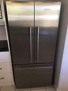 Fisher & Paykel 519L French door refrigerator Thagoona Ipswich City Preview
