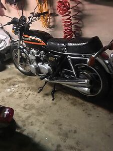 Honda cb 550 Four k    Beautiful