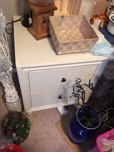 White end table with drawers
